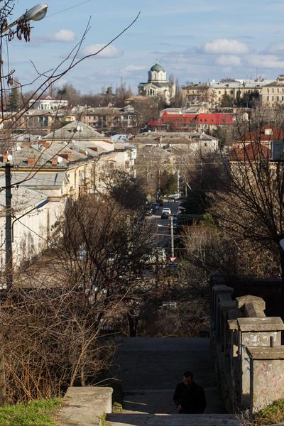 вид с холма на центр города